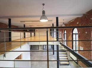 Instapklare kantoorruimte op een leuke locatie nabij de binnenring in Gent-Centrum. Het kwalitatieve kantoor is reeds ingedeeld in verscheidene kantor