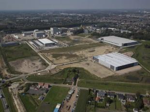 Logistiek gebouw van 2.500 m² tot 100.000 m² (oppervlakte naar zin en wens)<br />  Het gebouw zal voldoen aan alle hedendaagse normen en op