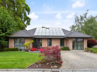 Laagbouwvilla met prachtige tuin<br /> Deze instapklare villa is gelegen in een dooplopende straat in Gentbrugge. Door zijn centrale ligging is de won