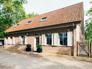 Deze prachtige woning is gelegen te Putte, dichtbij de dorpskern van Grasheide. De woning ligt op het einde van een doodlopende straat op wandelafstan
