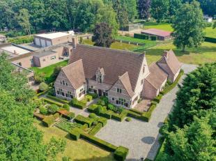 Deze exclusieve kasteelvilla is gelegen te Putte op een perceel van ongeveer 4.250m².<br /> De villa werd in 1996 gebouwd met oog voor zeer kwali