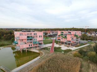 Hoog kwalitatief appartement van 169 m² met ruime woonkamer, open keuken, 3 slaapkamers, 2 badkamers, terras en berging.<br /> Dit prachtige appa