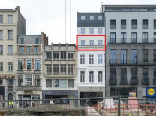 Volledig gerenoveerd appartement van ca. 56 m² met 1 slaapkamer en open leefkeuken,-ruimte op toplocatie in het centrum van Antwerpen.