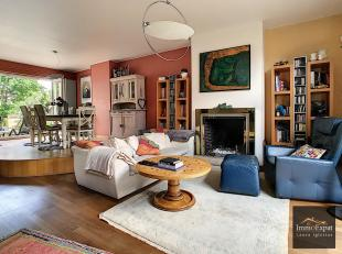 At 1020 Laeken, rue du Cloître, House of +/- 240sqm composed as follows:ON THE GROUND FLOOR: Entrance hall, Bedroom 1 of +/- 17sqm open onto the
