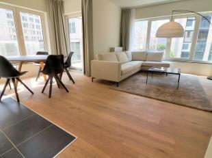 Mooi nieuw appartement, gemeubileerd van + - 70m ² bestaande uit:- een hal met toilet- 2 slaapkamers (14-9m²) met parketvloer- 1 badkamer- e