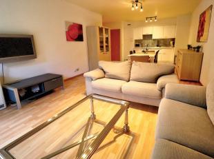 Bel appartement meublé de +- 85m² composé de:<br /> -2 chambres en parquet<br /> - 1 salle de bains<b