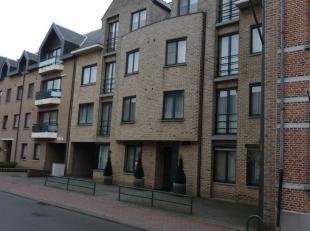 Mol : Corbiestraat 94/ 3 : centraal gelegen appartement met alle winkels in de onmiddellijke omgeving met living, geïnstalleerde keuken, badkamer