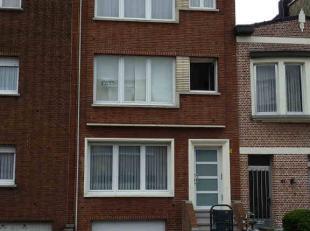 Deurne : Baron Leroystraat 49 b 1 : gezellig vernieuwd appartement op eerste verdieping met living, open keuken, 1 slaapkamer, badkamer met dubbele la