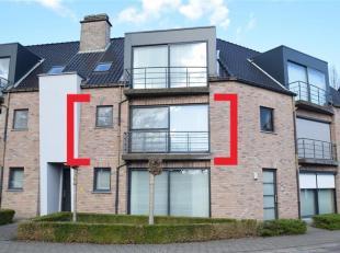 Jong appartement van ca. 77m² en ruim terras (9m²) met o.a. grote woonruimte, open keuken, 2 slaapkamers, badkamer en apart toilet. Garagebo