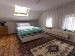 A SAISIR Bonne maison + appartement + terrain à batir !!! situés proche des commerces, ecoles, transports en commun et accès auto