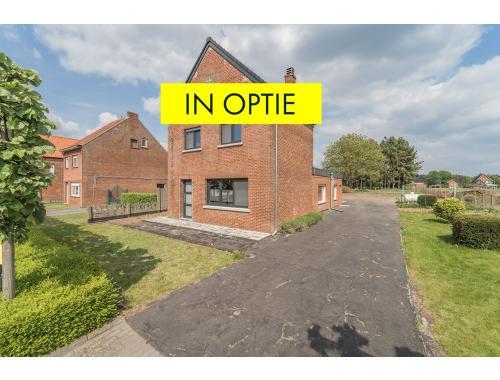 Maison à vendre à Oostham, € 199.000