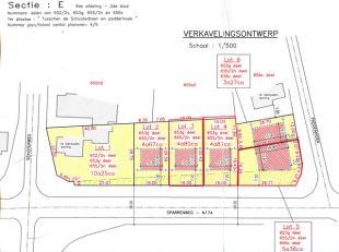Percelen voor open bebouwing te Sparrenweg - Tessenderlo, ter hoogte van Paddenhoek.<br /> <br /> Woongebied, bouwgronden voor ééngezi