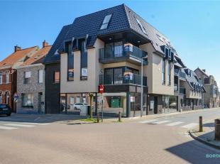 Dit nieuw twee-slaapkamerappartement van ca. 80 m2 is rustig gelegen in het centrum van Lendelede, gelegen nabij alle handelszaken en vlotte toegang t