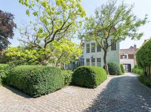 Statige patriciërswoning in het hartje van Brugge volledig gerenoveerd in 2010 met oog voor authenticiteit in combinatie met uiterst modern comfo