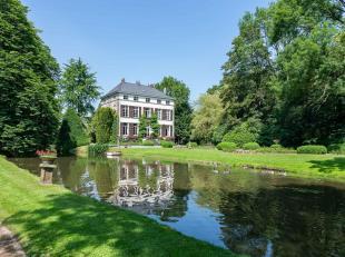 Le Château 'Hof ter Zittert' avec douves, d'une surface habitable de ± 450 m², situé dans un parc paysager de &plus