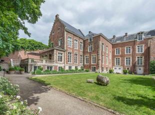 L'Oude Brouwerij Keyser Carel est une authentique demeure datant du XVIe siècle située au cœur de Leuven.<br /> La maison, dis
