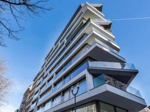 In de buurt van het Ter Kamerenbos, de Bossquare en het Park van Abdij Ter Kameren, appartement van ± 214 m² gelegen in een gebouw ontworp