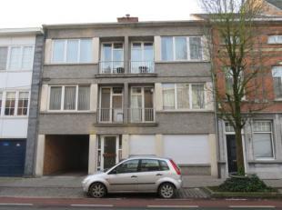 Kleinschalig appartementsgebouw met 4 appartementen, waarvan elk beschikt over een terras met bergkast. Zeer gunstig gelegen aan de rand van het centr