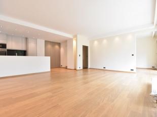 A proximité du Fort-Jaco et du Prince d'Orange, dans un cadre calme et agréable, superbe appartement de +/- 70 m² entièremen