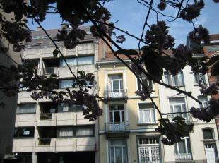 """A proximité immédiate du Bois de la Cambre et des facilités du quartier de la Bascule dans la résidence """"le Vert Montjoie"""""""