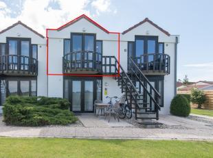 Gezellig vakantie appartement met open zicht te koop in De Haan. Dit appartement is gelegen in het vakantiepark Zeepolder waar u ook gratis toegang he