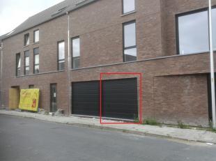 Garage à vendre                     à 8900 Dikkebus