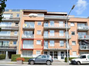 Ruim appartement met 2 slaapkamers en 2 terrassen te huur aan de stadsrand van Ieper. Nabij invalswegen. Garage en lift aanwezig! Het appartement best