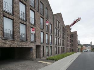 Perfect instapklaar 2 slaapkamer appartement met terras gelegen op het eerste verdiep. Dit appartement te koop is gelegen in het centrum van Poperinge