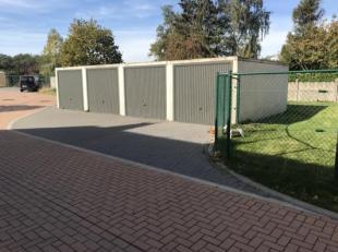 Garage à vendre                     à 8554 Sint-Denijs