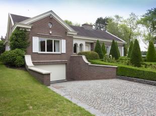 Villa te koop te Marke.<br /> Op zoek naar vastgoed in Marke? Wenst u een ruime villa?<br /> Deze zeer verzorgde eigendom te koop in het hart van Mark