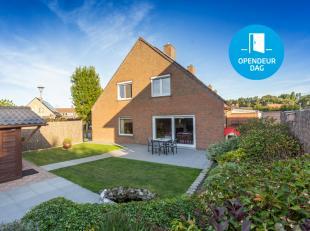 Op zoek naar een leuke instapklare woning nabij de invalswegen? Bekijk dan zeker deze rustig gelegen woning met garage en zonnige tuin te Moorsele.<br