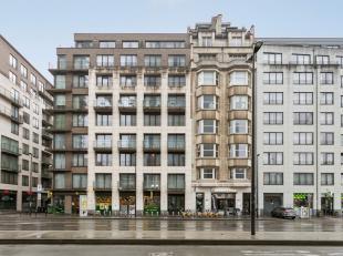 Penthouse met 2 slaapkamers in een recent gebouw, gelegen op de Kruidtuinlaan. <br /> Het appartement bestaat uit een living, keuken, 2 ruime slaapkam