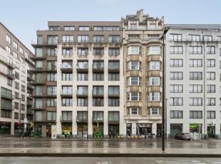 Penthouse avec 2 chambres dans un bâtiment récent, situé sur lavenue du Jardin Botanique. <br /> L'appartement se compose dun livi