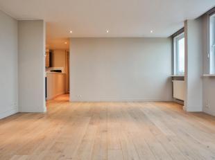 Ruim en instapklaar 3 slaapkamer appartement gelegen te Zeebrugge. Met zijn centrale ligging heeft u een fantastische verbinding naar zowel Blankenber