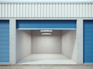 Garage te koop in centrum Roeselare op 1 min stappen van de Noordstraat.