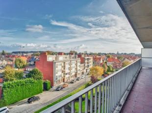 In de Heilig-Hartstraat in Roeselare vinden we dit 2-slaapkamer appartement terug. Dicht bij het centrum, toch rustige ligging.<br /> Indeling: <br />