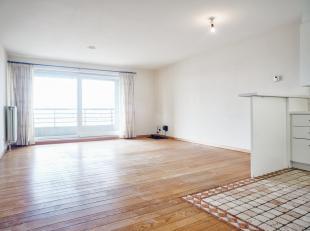 Dit ruime (95 m²) appartement te koop met 3 slaapkamers is heel goed gelegen, in een rustige wijk, op wandelafstand van het centrum en de Zeedijk