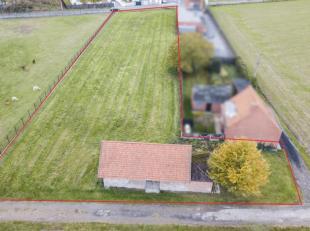 Bouw jij hier binnenkort jouw droomwoning?<br /> Dit bouwperceel is gelegen deels te Kuurne, nabij de Rijksweg en te Harelbeke, aan de Marichaalstraat