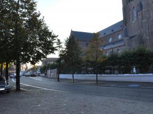 Privé-staanplaats te huur in centrum Jabbeke, te residentie Jatbecha.<br /> - huurprijs:  50,00 / maand