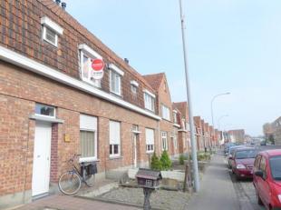 Charmant huis te huur met 2 slaapkamer en zonnige tuin in Brugge. Gelegen in de Dudzeelse Steenweg genietend van een zeer vlotte verbinding naar zowel