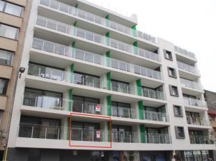 Het prachtig afwerkte nieuwbouw appartement in residentie Perla I met 1 slaapkamer beschikt over 2 terrassen waarvan de terras achteraan uitkijkt op d