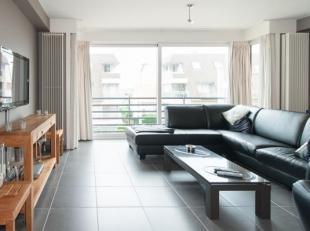 Instapklaar zongericht 2-slaapkamer appartement op de tweede verdieping in kleinschalige residentie. Dit appartement ligt op wandelafstand van Zeedijk