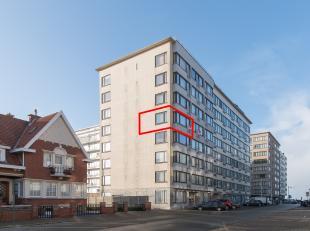 Instapklare hoekstudio met zijdelings zeezicht gelegen op de vierde verdieping van de Residentie Sunflower te Middelkerke, Alexandre Ponchonstraat 7.