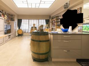 Instapklaar appartement met 2 afzonderlijke slaapruimten te koop in het centrum van Middelkerke. Dit appartement  is gelegen op 50m van het strand en