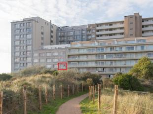 """Zonnig appartement met twee slaapkamers en prachtig zicht op de duinen van Middelkerke. Dit appartement is gelegen in de residentie """"Resid hotel Carlt"""