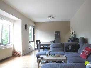 Dit verzorgd appartement met 1 slaapkamer is gelegen te Wilrijk, op wandelafstand van parken (o.a. Steytelinckpark, fort V), winkels en scholen. <br /