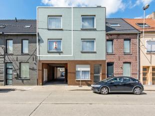 Dit prachtig appartement is gelegen vlakbij(op wandelafstand) van apotheker, tandarts, scholen, openbaar vervoer en warenhuizen!Met zijn bruikbare vlo