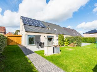 KIJK- EN KOOPDAG: ZATERDAG 26 OKTOBER 2019 VAN 14 U TOT 15 U 30 !!!Deze rustig gelegen nieuwbouwwoning met zonnepanelen heeft veel troeven, onder ande