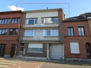 Beschrijving Appartement te Mechelen. Gelegen nabij scholen en winkels, op fietsafstand van het centrum en met een gemakkelijke verbinding naar de E19