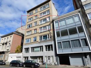 Beschrijving Aangenaam en instapklaar appartement gelegen op 300m van het centraal station te Mechelen. Het appartement is gelegen op de vierde verdie